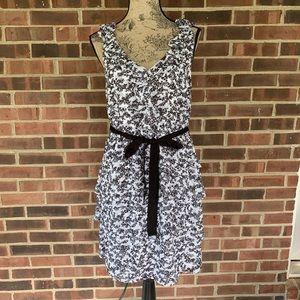 Like new WHBM black white multi tier dress